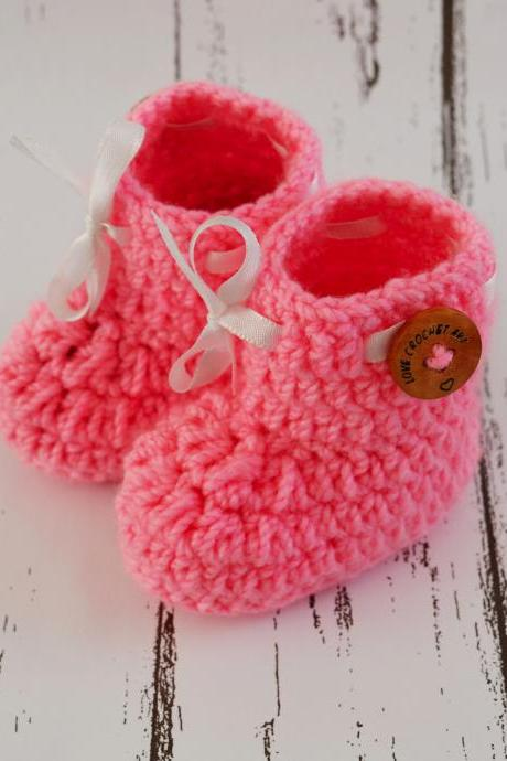 Crochet Baby Booties Woolen Booties, Newborn Infant Booties, Baptism Booties - Light Pink