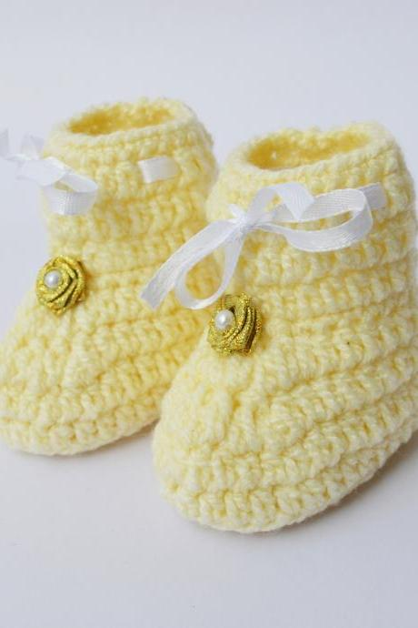 Crochet Baby Booties - Cream with gold flower