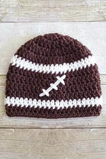 Love Crochet Art rugby crochet baby cap